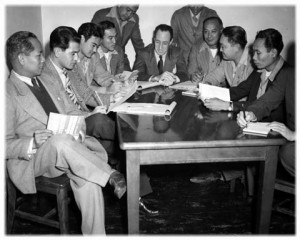 Harry Kamoku, (third from right) with ILWU founder Harry Bridges (center) at the 1946 California Labor School held for ILWU leaders.