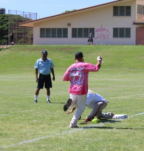 Team Maui Jordan Kahalekai-Bermoy beating the throw to first base.